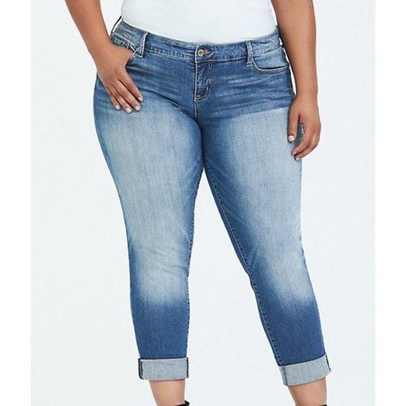 Torrid Boyfriend slim straight light wash jeans
